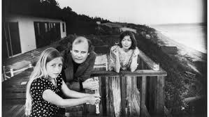 joan-didion-with-h-and-ch